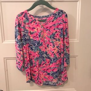 Lilly Pulitzer Henley, size M 6/7, EUC